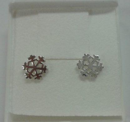 Sølvøredobber med snøflak / silver earrings with snowflake